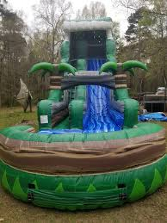 22' Emerald Crush Water Slide