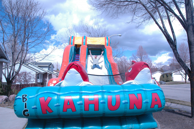 17' Tall Big Kahuna Giant Slide